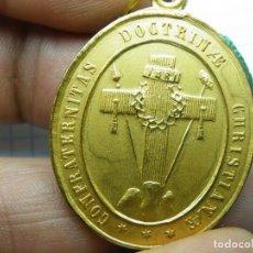 Medallas temáticas: MEDALLA DOCTRINA CRISTIANA. TODO A 1 EURO Y 5 EUROS. (ELCOFREDELABUELO). Lote 213497366