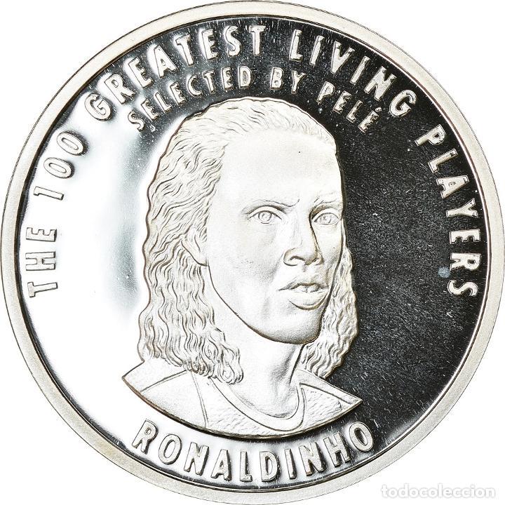 BRASIL, MEDALLA, THE 100 GREATEST LIVING PLAYERS SELECTED BY PELÉ, RONALDINHO (Numismática - Medallería - Temática)