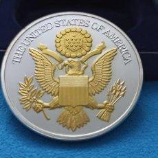 Medallas temáticas: ESTADOS UNIDOS DE AMÉRICA- BONITA MONEDA CHAPADA EN PLATA Y ORO LIBERTAD EN ESTUCHE LUJO. Lote 216830943