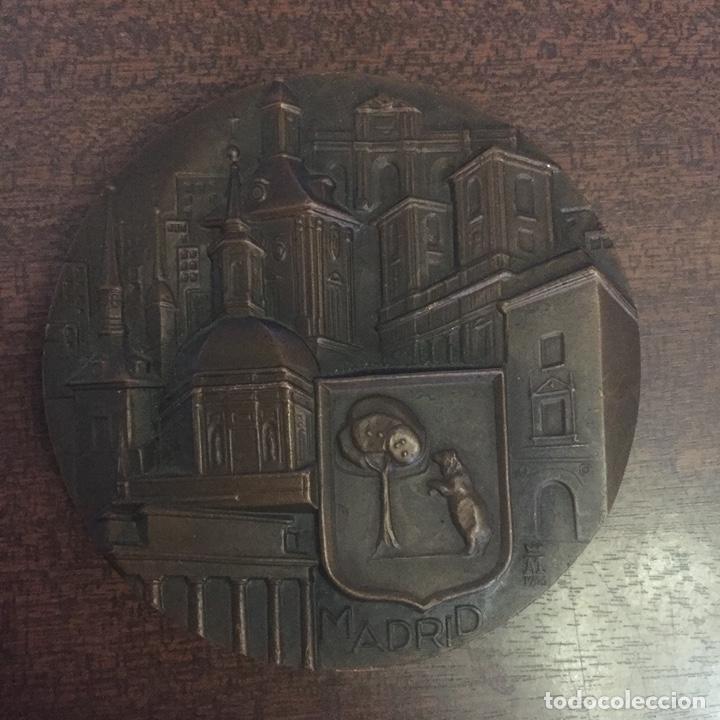 MEDALLA (MEDALLÓN) BRONCE MADRID - BUSTOS DE LOS MEJORES ALCALDES DE MADRID - DECADA 1970 (Numismática - Medallería - Temática)