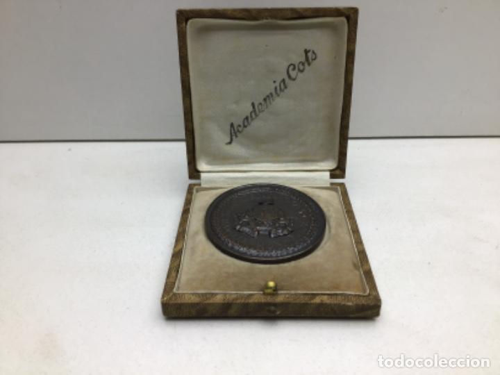 MEDALLA HONORIFICA ACADEMIA COTS - BARCELONA (Numismática - Medallería - Temática)