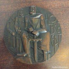 Medallas temáticas: MEDALLA BRONCE LLOBREGAT - FNMT - ESCULTOR: SOMOZA - EN TORNO A 1970. Lote 218898212