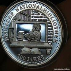Medallas temáticas: 07B. MUY ESCASA. BAÑO PLATA 999. ALEMANIA. 100A BIBLIOTECA NACIONAL. 2012. 9,2G / 32MM. Lote 222787725