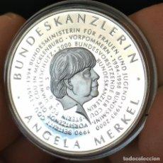 Medallas temáticas: 07B. PLATA 333. 5.000 EJEMPLARES! ALEMANIA. CANCILLER MERKEL. 2005. 9,2G / 32,5MM. Lote 222789335