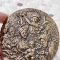 Medallas temáticas: GRAN MEDALLA NATAL 92, CON PLEGARIA EN REVERSO. A JESUS RAMOS 9CM. Lote 225049423