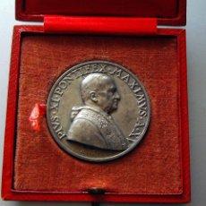 Médailles thématiques: MEDALLA PAPAL VATICANO - 44MM - PLATA – PIUS XI – CON SU CAJA ORIGINAL – 1937. Lote 226102877