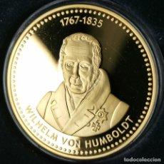 Médailles thématiques: AA355. BAÑO ORO 24KT. WILHELM VON HUMBOLDT. 22,6G / 40MM. Lote 226806615