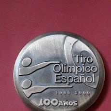 Medalhas temáticas: MEDALLA COBRE PLATEADO TIRO OLIMPICO ESPAÑOL.100 AÑOS.1900-2000. Lote 226926625