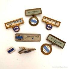 Medalhas temáticas: LOTE 7 INSIGNIAS ALFILER Y PINS DE CONGRESOS INTERNACIONALES DEL SUMINISTRO DE AGUA. Lote 232594940