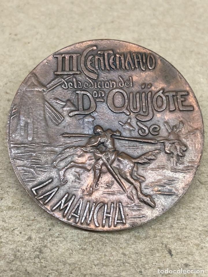 MEDALLA DE BRONCE III CENTENARIO DE LA EDICIÓN DE DON QUIJOTE DE LA MANCHA (Numismática - Medallería - Temática)