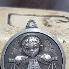 Medallas temáticas: MEDALLA DE PLATA LIBRA 15 GRAMOS. Lote 240241460