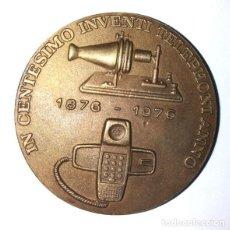 Medallas temáticas: MEDALLA BRONCE DE LA COMPAÑIA TELEFÓNICA NACIONAL DE 1976. Lote 243664805