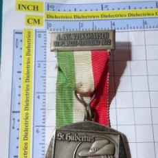 Medallas temáticas: MEDALLA DEPORTES TURISMO. ALEMANIA AÑO 1972. MARCHA MONTAÑISMO SENDERISMO. ST HUBERTHUS. Lote 245951275