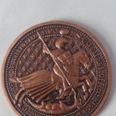 Medalhas temáticas: MEDALLA XIII EXHIBICIO FILATELICA I NUMISMATICA GENERALITAT DE CATALUNYA BARCELONA SANT JORDI 1986. Lote 245982515