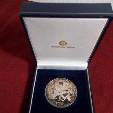 Medallas temáticas: EURO 2002 MEDALLA PLATA ACUÑACIONES IBÉRICAS EN SU ESTUCHE ORIGINAL. Lote 253638995