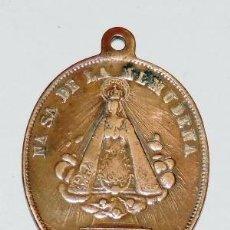Medallas temáticas: MEDALLA RELIGIOSA DE NUESTRA SEÑORA DE LA ALMUDENA, MADRID, CON PUBLICIDAD DE CHOCOLATES LA NEGRITA,. Lote 254700120