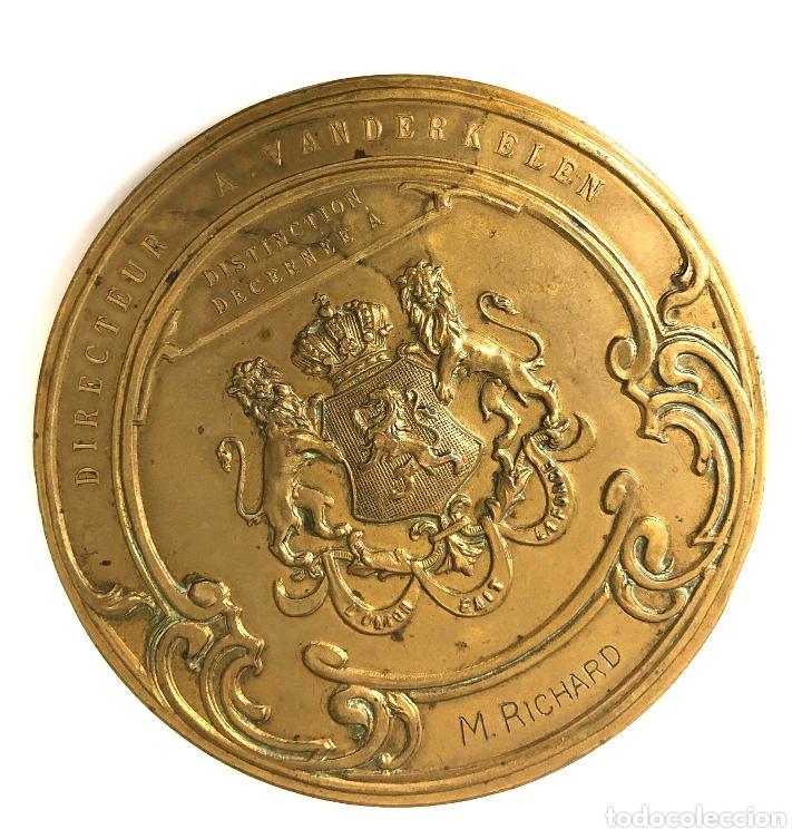 MEDALLA INSTITUT SUPÉRIEUR DE PEINTURE DE BRUXELLES. GRABADOR A. DE TOMBAY. C. 1925 (Numismática - Medallería - Temática)
