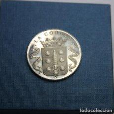 Medallas temáticas: 14,, PRECIOSA MEDALLA, DE LA CORUÑA SEDE DEL MUNDIAL DE FUTBOL 1982, DE PLATA EN ESTUCHE.. Lote 267466764