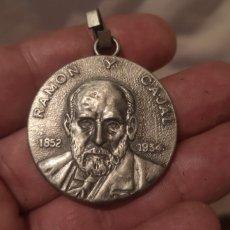 Medallas temáticas: ANTIGUA MEDALLA DE RAMÓN Y CAJAL. Lote 269846978