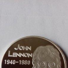 Medallas temáticas: MEDALLA ANIVERSARIO DE LA MUERTE DE JOHN LENNON. Lote 270215583