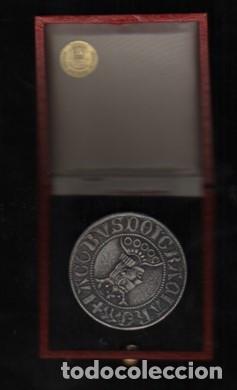 Medallas temáticas: Medalla con su caja original española de finanzas sa 1967 Barcelona 1977 - Foto 2 - 277186073