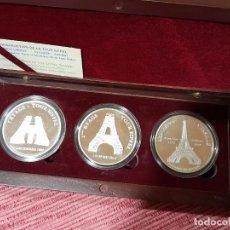 Medallas temáticas: ESTUCHE CON 3 MEDALLAS CONSTUCCION DE LA TORRE EIFFEL. Lote 295746183