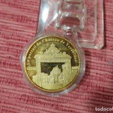 Medallas temáticas: MEDALLA PALACIO DE VERSALLES, PARIS. Lote 295747413