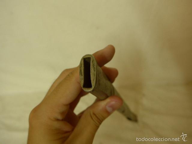 Militaria: Lote de hoja de espada antigua y parte de funda - Foto 8 - 58400914