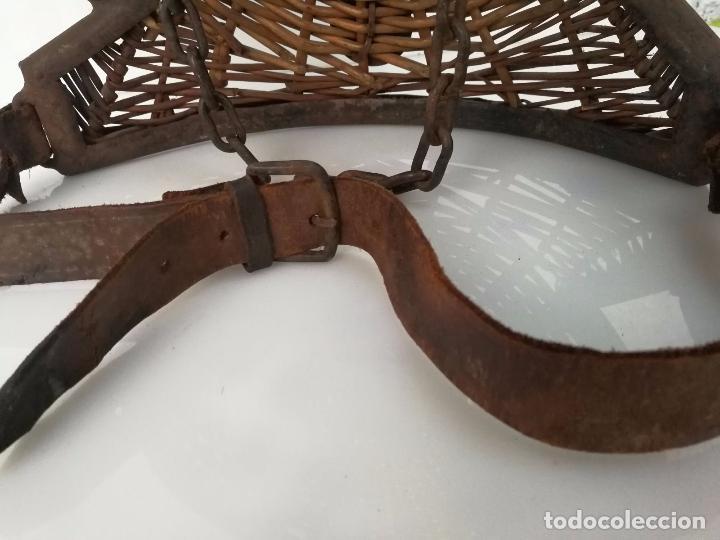 Militaria: Antiguo escudo o armadura - hecho a mano mimbre y forja - Foto 6 - 79862333