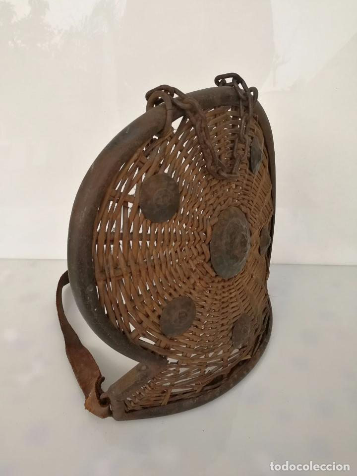 Militaria: Antiguo escudo o armadura - hecho a mano mimbre y forja - Foto 8 - 79862333