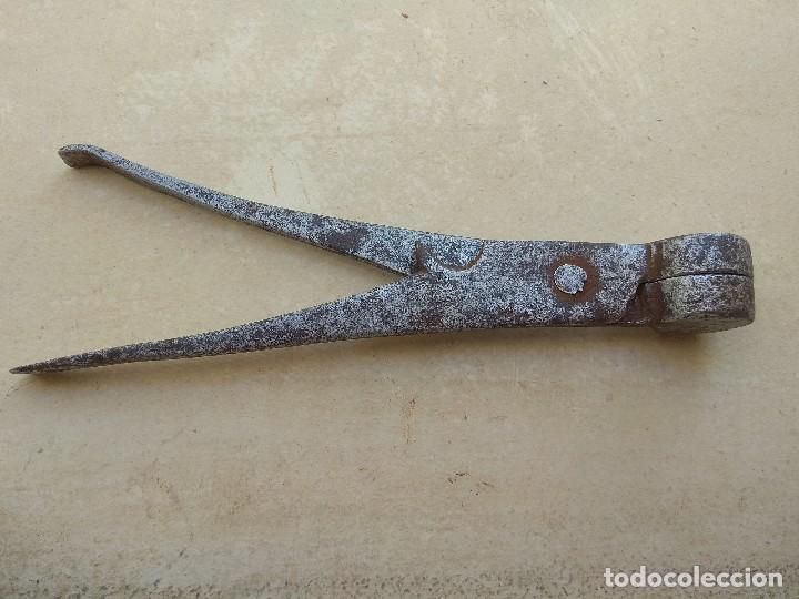 Militaria: Antigua Turquesa Para Fabricación de Plomos - Foto 6 - 111008915