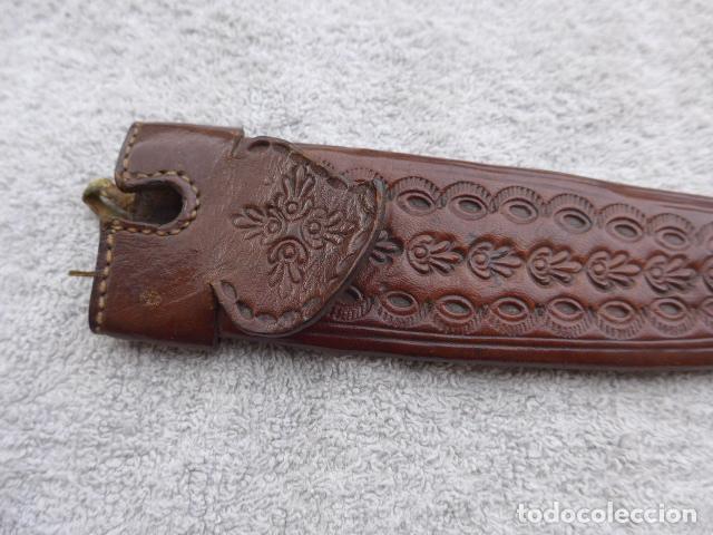 Militaria: * Antigua funda española de cuero de cuchillo con contera metalica. Original. ZX - Foto 2 - 132530986