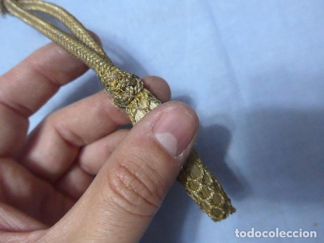 Militaria: * Antiguo fiador dorado de oficial para espada o sable, original. ZX - Foto 2 - 166492958