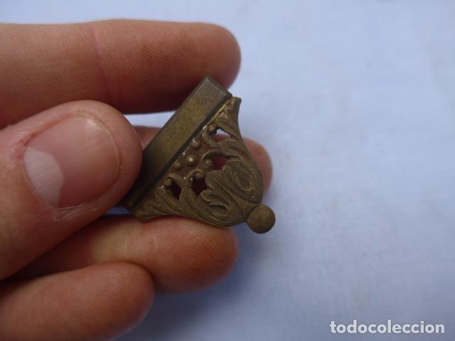 Militaria: * Antiguo lote de complementos de funda o vaina de espada, originales. ZX - Foto 9 - 188838963