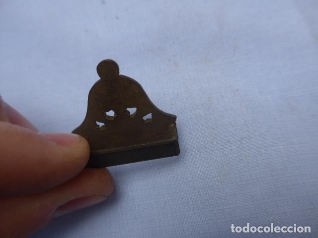 Militaria: * Antiguo lote de complementos de funda o vaina de espada, originales. ZX - Foto 10 - 188838963