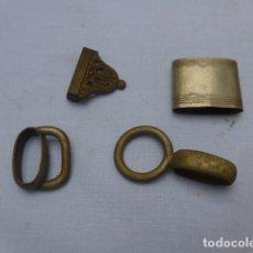 Militaria: * ANTIGUO LOTE DE COMPLEMENTOS DE FUNDA O VAINA DE ESPADA, ORIGINALES. ZX. Lote 188838963