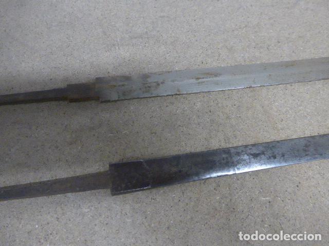 Militaria: Lote 2 antiguas hoja recta de espada, una con marcajes en hoja. originales - Foto 4 - 189378136