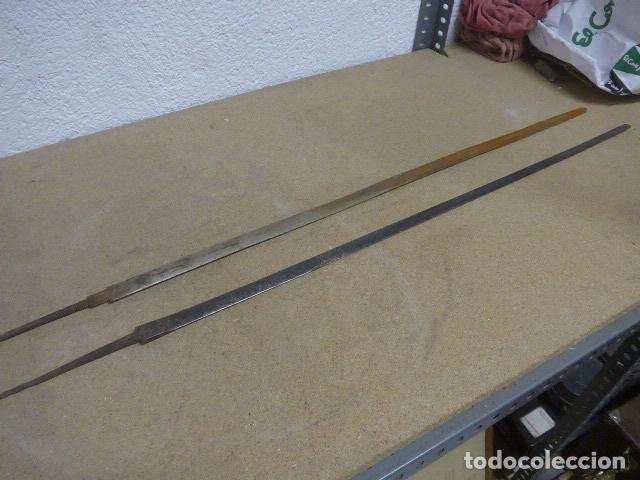 Militaria: Lote 2 antiguas hoja recta de espada, una con marcajes en hoja. originales - Foto 8 - 189378136