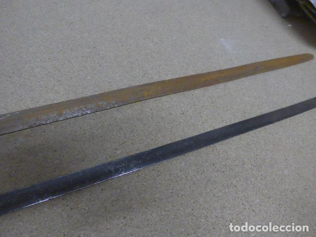 Militaria: Lote 2 antiguas hoja recta de espada, una con marcajes en hoja. originales - Foto 11 - 189378136