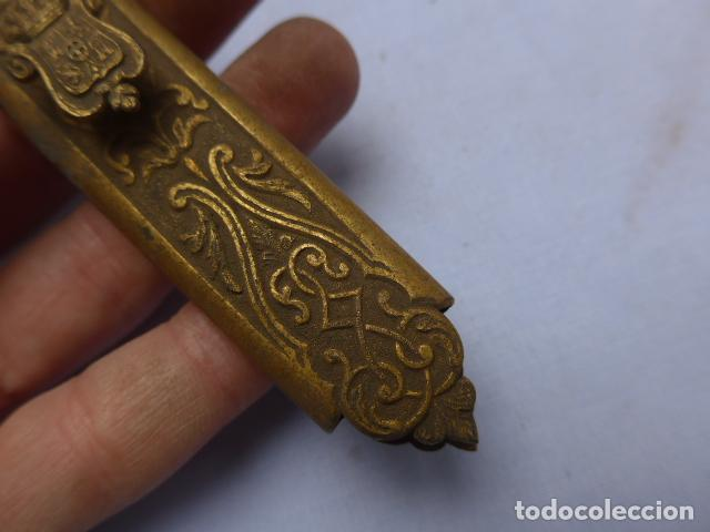Militaria: * Antiguo brocal de general español de epoca amadeo, para funda de espada, original. ZX - Foto 3 - 193284971