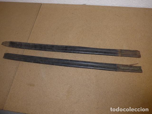 Militaria: Lote 2 antigua funda de cuero de espada española, original. - Foto 6 - 239597850
