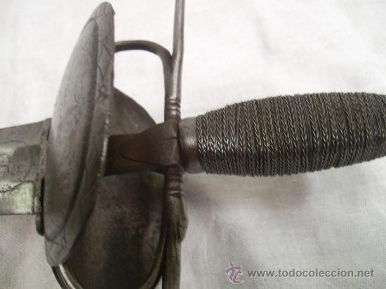 Militaria: Espada ropera con guarnición de concha. Siglo XVII /XVIII. Posiblemente fabricada en Alemania. - Foto 10 - 27970530