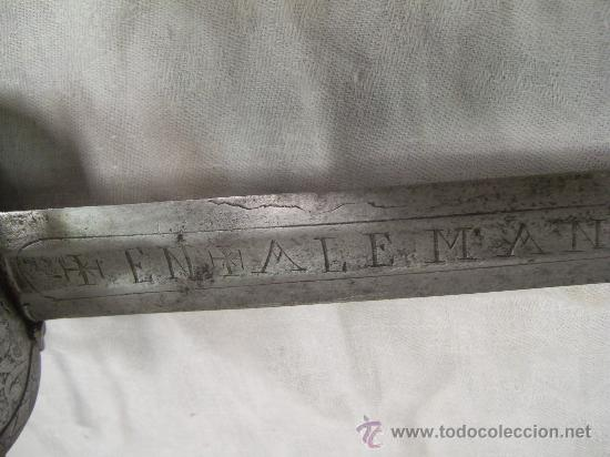 Militaria: Espada ropera con guarnición de concha. Siglo XVII /XVIII. Posiblemente fabricada en Alemania. - Foto 34 - 27970530