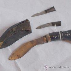 Militaria - Cuchillo gurkha o kukri. Con karda y chakmak. Funda piel de búfalo. nepal - 37439914