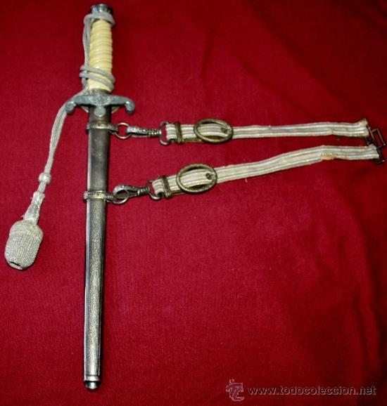 DAGA ALEMANA DE LA SEGUNDA GUERRA MUNDIAL,NO SE APRECIAN MARCAJES (Militar - Armas Blancas Originales Fabricadas entre 1851 y 1945)