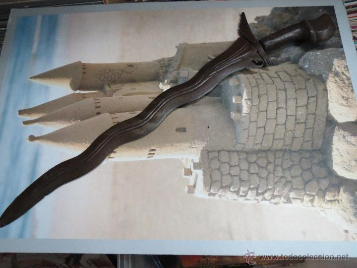 ANTIGUA Y AUTENTICA ESPADA MALAYA KRIS MALAYO MIDE 66 CM. SIGLO XIX. (Militar - Armas Blancas Originales Fabricadas entre 1851 y 1945)