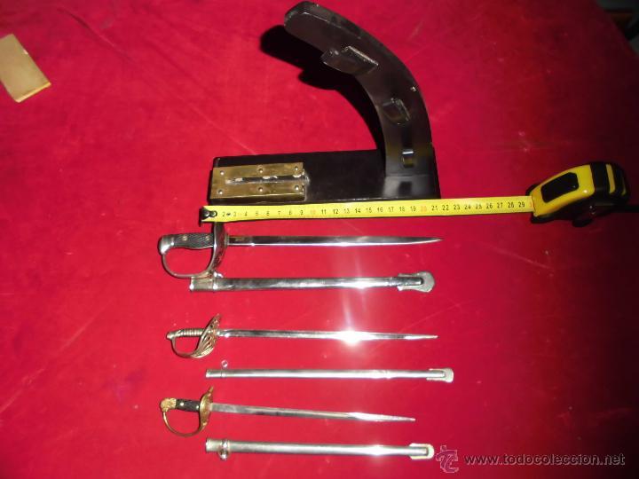 Militaria: precioso mini-expositor con tres mini sables españoles - Foto 9 - 53267667