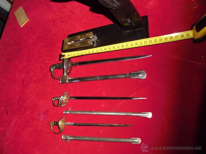 Militaria: precioso mini-expositor con tres mini sables españoles - Foto 10 - 53267667