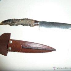 Militaria: DAGA CON MAGO DE UÑA DE GUANACO. Lote 53596002