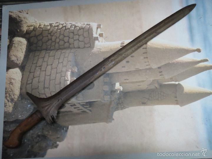 ANTIGUA Y AUTENTICA ESPADA MALAYA,KRIS MALAYO MIDE 66 CM. SIGLO XIX. (Militar - Armas Blancas Originales Fabricadas entre 1851 y 1945)